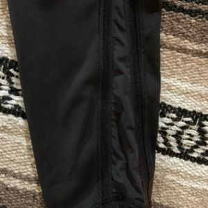 Lululemon Wunder Under Black Size 4 SE Luxstreme